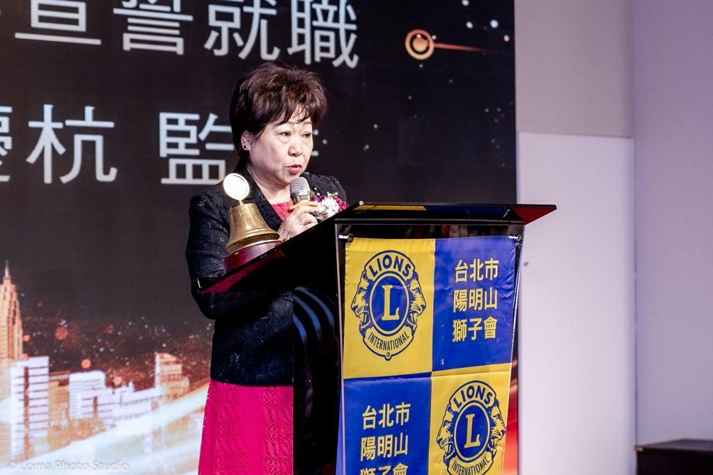 53屆理監事宣誓就職,由第一副總監袁慶杭監誓