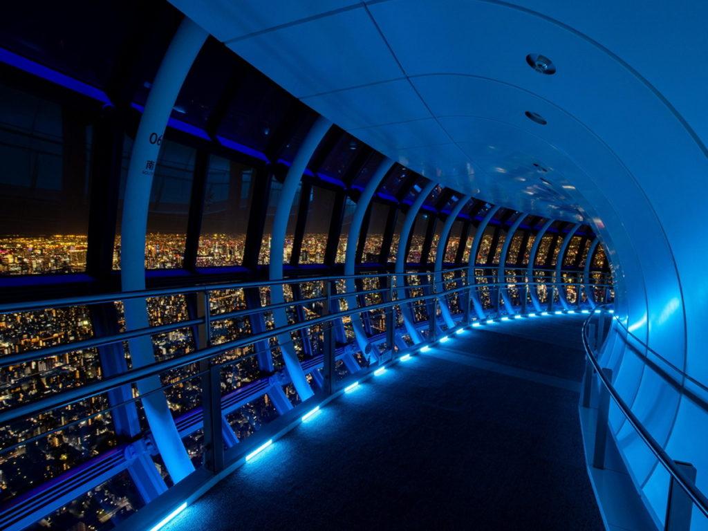 天望回廊美麗的夜晚景致,讓人目眩神迷。(圖片來源:Ⓒ東武鐵道株式会社)