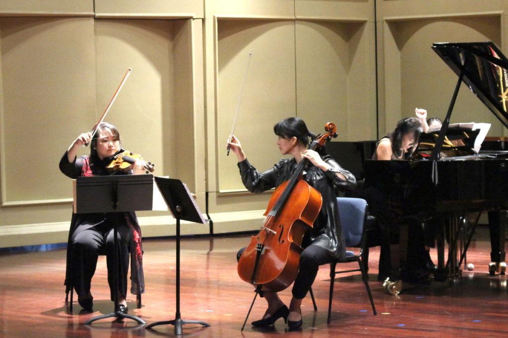 12月4日嘉大音樂學系教師音樂會。