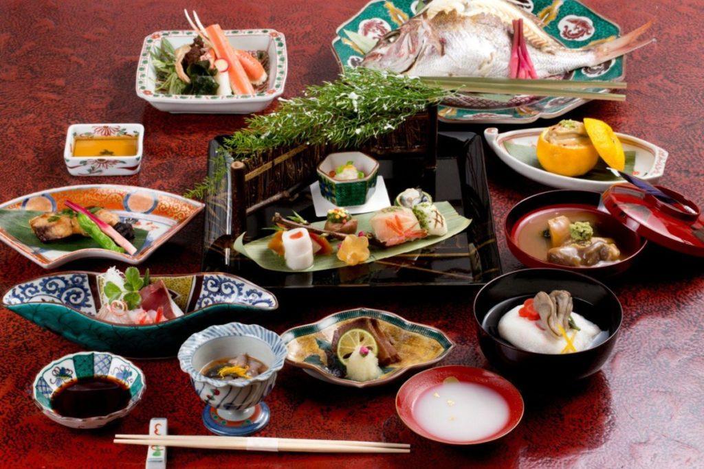 「料理小松」(金澤市)是石川縣第一家奪得最高榮譽米其林三星的餐廳!